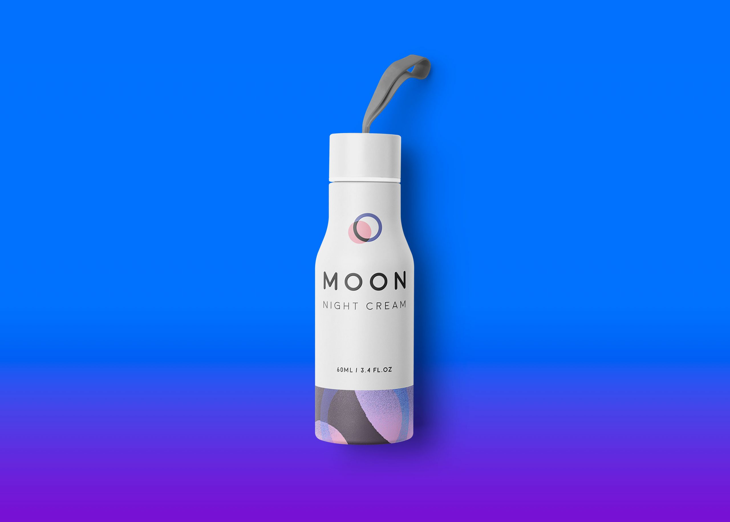 Freebies Small Premium Gym Water Bottle Mockup